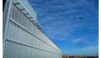 BLAST-SAFE® JET-BLAST DEFLECTOR & PERIMETER SECURITY FENCE