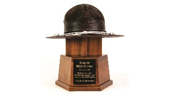 Custom Retirement Award to honor Outstanding Service.
